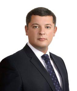 ustinov11