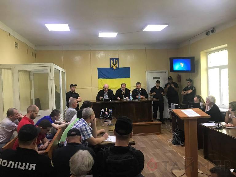 Суд: обвиняемые по делу 2 мая «куликовцы» подлежат оправданию