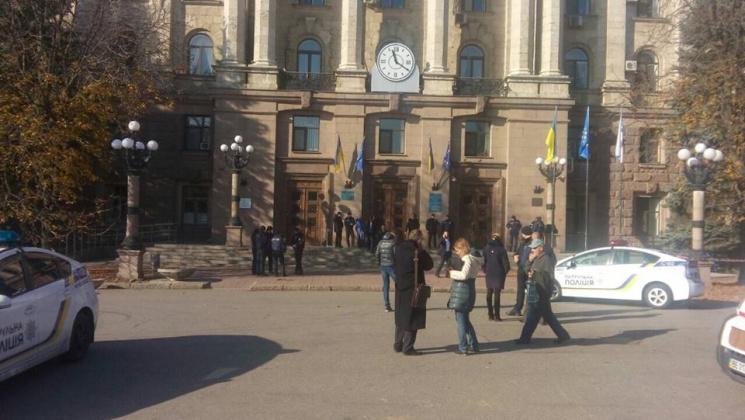 Сутичка у Миколаївській міськраді потягнула на кримінал