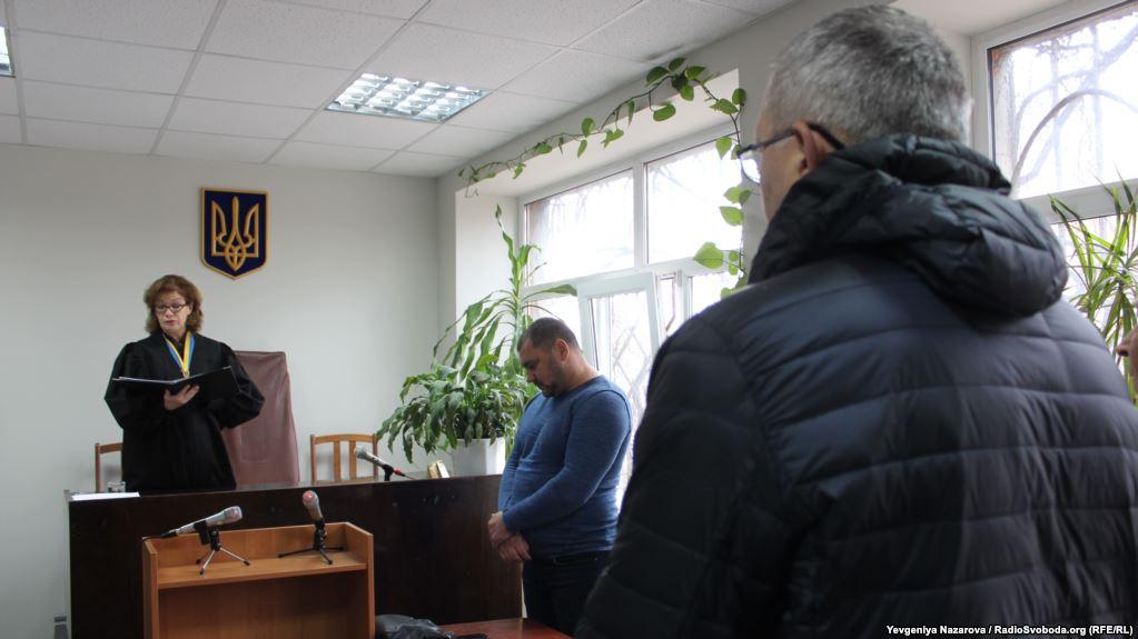 У Запоріжжі міліціонера, обвинуваченого в затриманні майданівців, звільнили від кримінальної відповідальності