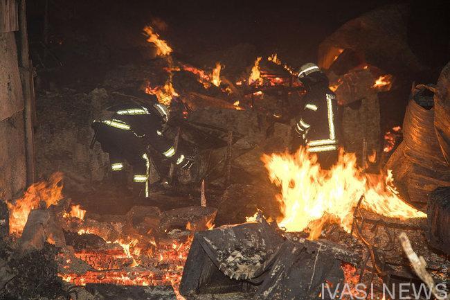 Огонь уничтожил около двух десятков деревянных строений в Черноморке