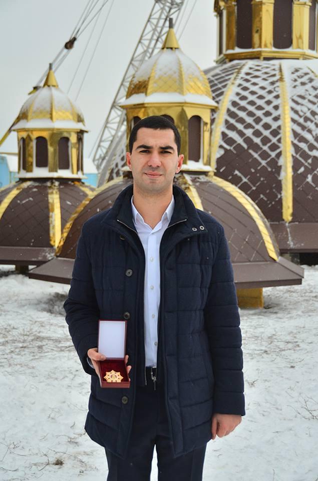 Храм Різдва Христова у Каховці увінчається маківками й хрестами