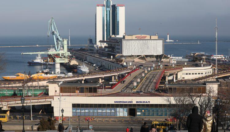 Морской порт дубай жилье в мюнхене